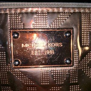 Michael Kors rosegold wristlet